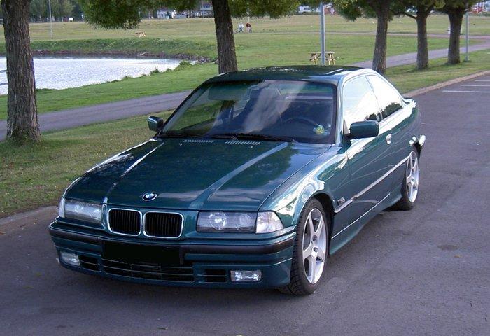 Connu BMW 318IS Coupé CQ02